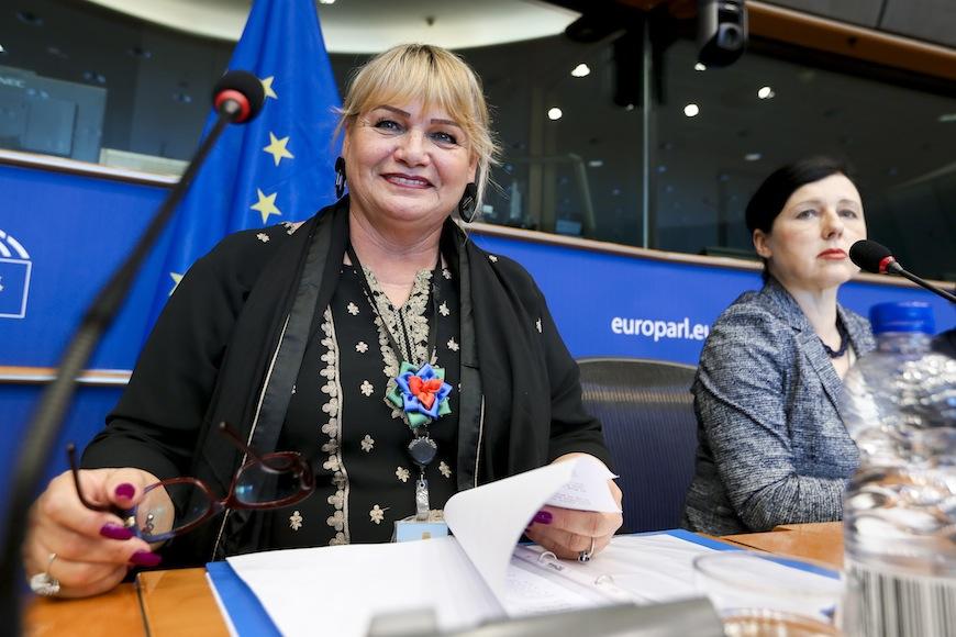 Europarlamentarias contra la discriminación: cómo romper todos los grilletes