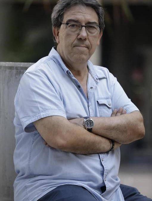 Paco Bailo: «Europa pide que el pueblo gitano aparezca en el currículo»