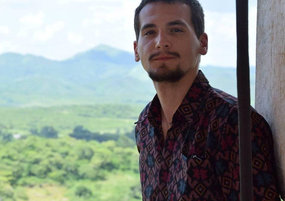 Arturo Tena
