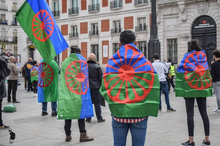 Opre Rromano Ustipen – Come on, Romani Resistance!*  The reality imposed on us
